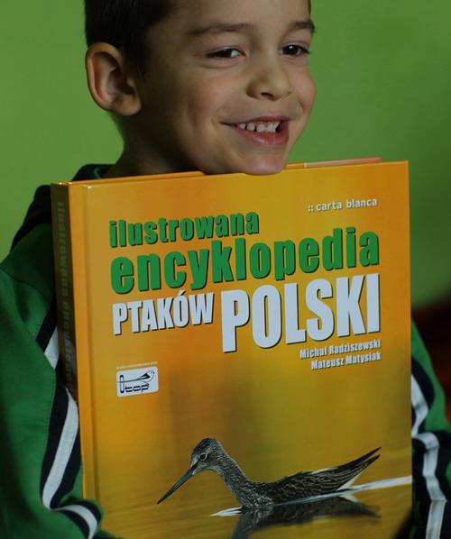 """Mateuszek Matysiak z """"Ilustrowaną encyklopedią ptaków Polski"""""""